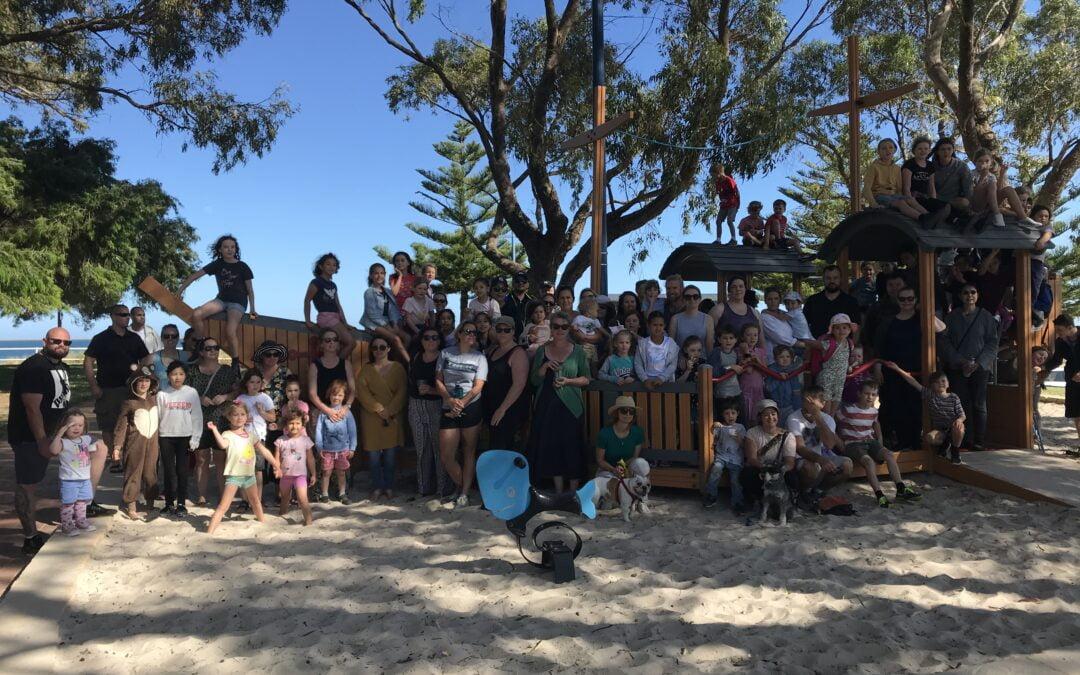 Rockingham Montessori Students and Teachers gather for a photo